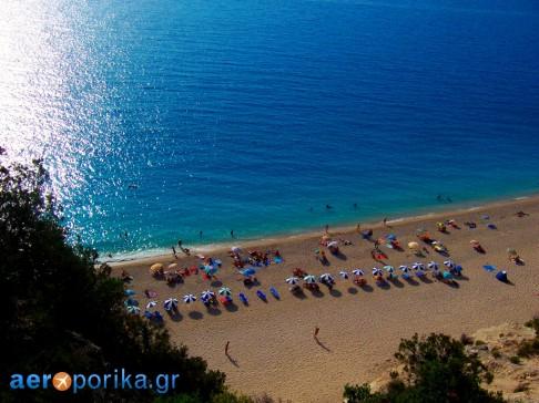 Blue-Flag-Beach-Greece