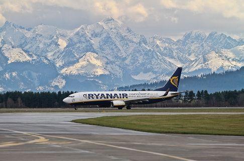 Ryanair-Πολωνια